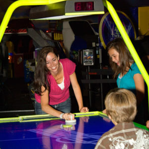 40963104_girls_fun_arcade