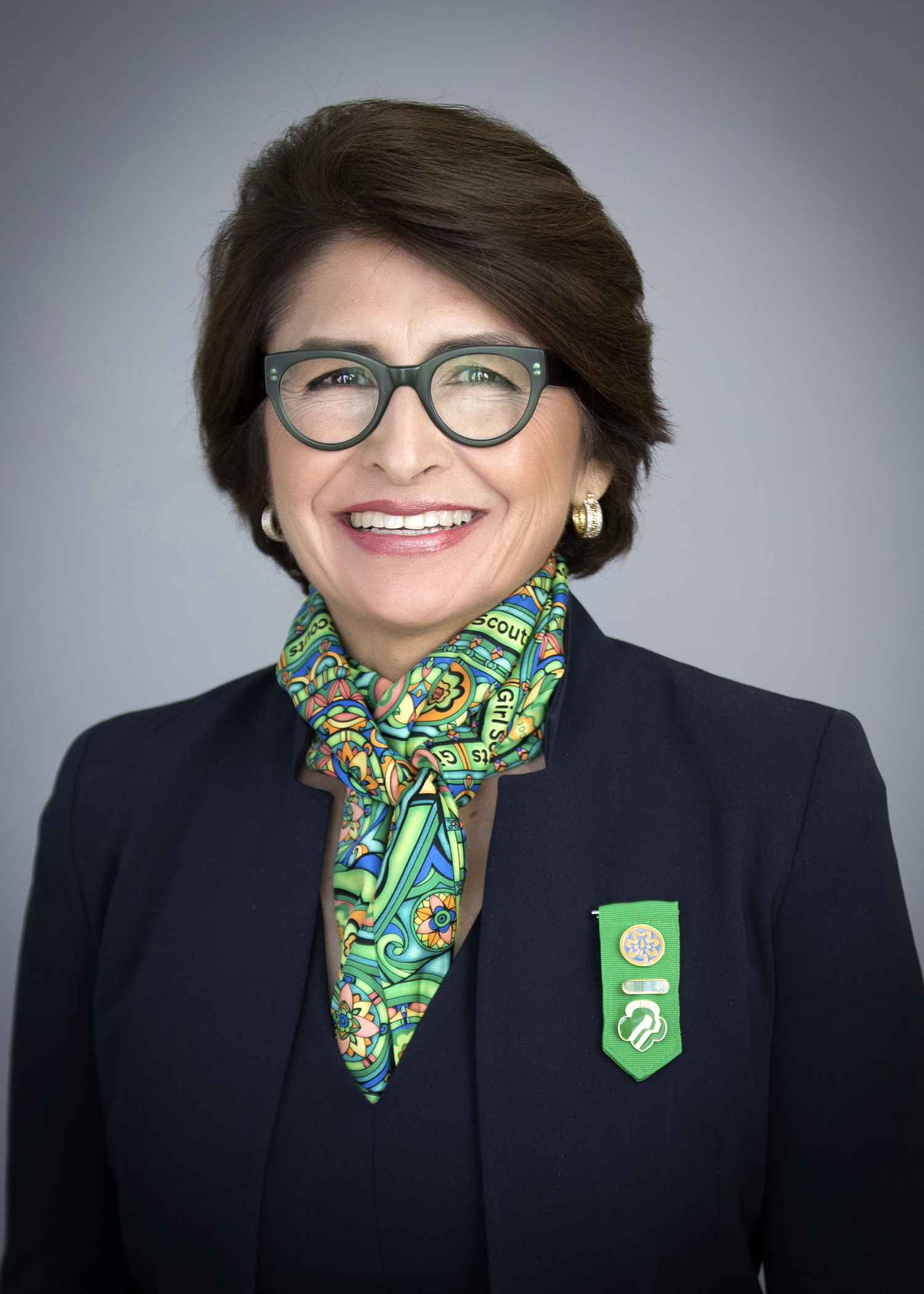 sylvia acevedo ceo of girl scouts of the usa to honor